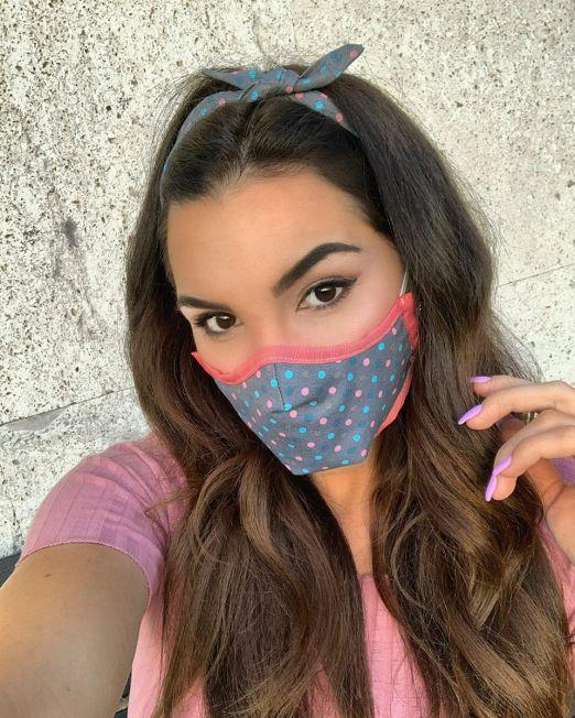 grey-polka-headband-mask-hot-pink-hem
