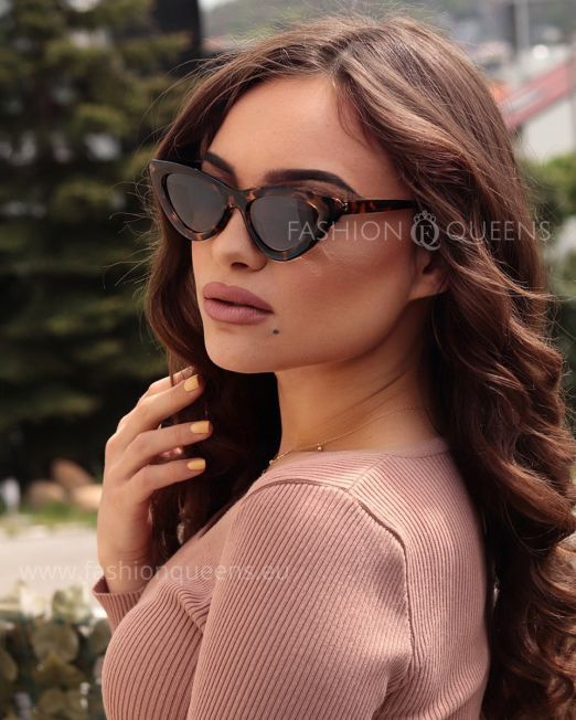 Taylor Vintage 65's Cateye Sunglasses with Tortoise Frame Brown Lens (1)