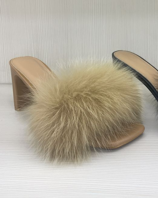 Isotta Fluffy High Heels Non-slip Summer Sandals With Fluffy Fur Detail (2)